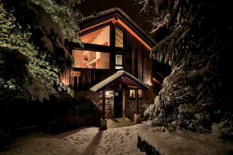 Enchanting Chalet Arolla, Meribel 1600 available this season