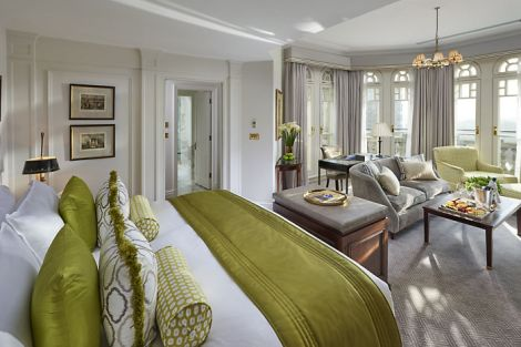 Behind the handcrafted finishes in each of the hotel's rooms and suites lie the latest technology and a level of refined luxury.