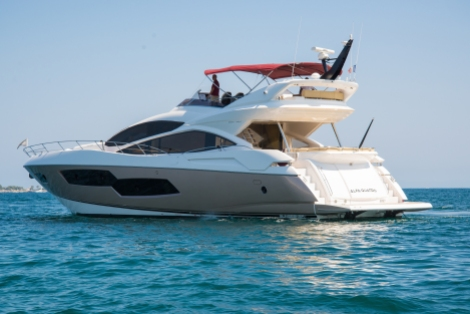 The Sunseeker 80 Sport Yacht 'HARMONY'
