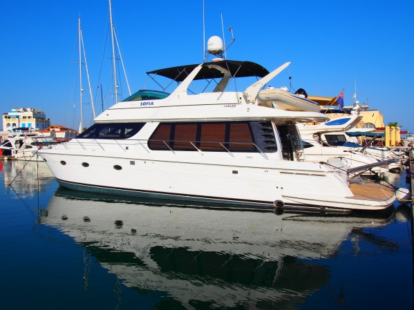 The beautiful Carver 570 Voyager Pilothouse, motor yacht 'SOFIA' is listed for £265,000