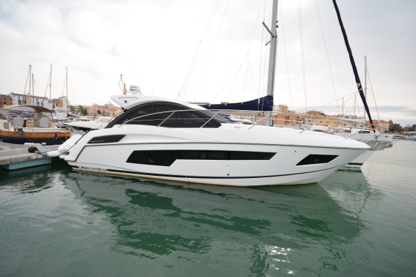 A stunning example of a pedigree Sunseeker Portofino 40