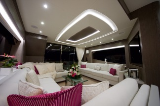 Luxuriouis and stylish, the saloon of the Sunseeker 75 Yacht will leave guests in ore