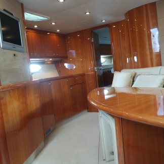 The Sunseeker Portofino 53 has a saloon with a warm and welcoming ambiance