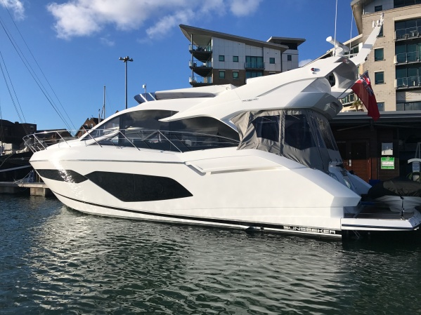 The first Manhattan 52 to be handed over in UK waters