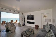 The beach huts and suits have a very luxurious and modern feel and look to them