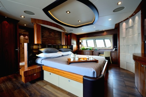 The Master Cabin is stylish, luxurious and oozes comfort